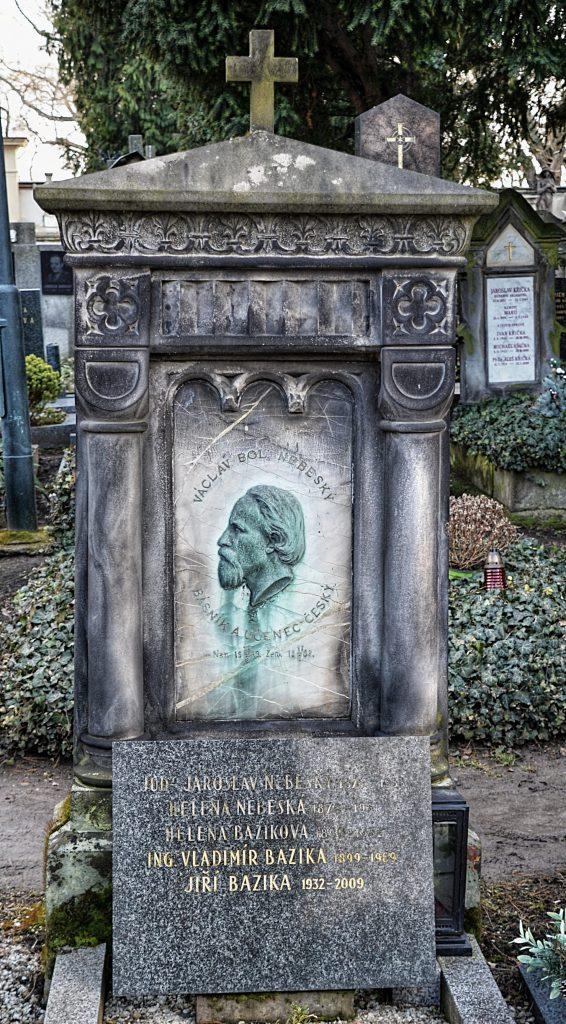 Hrob V. B. Nebeského na Vyšehradském hřbitově (5D-47). (Foto: Miloslav Čech)