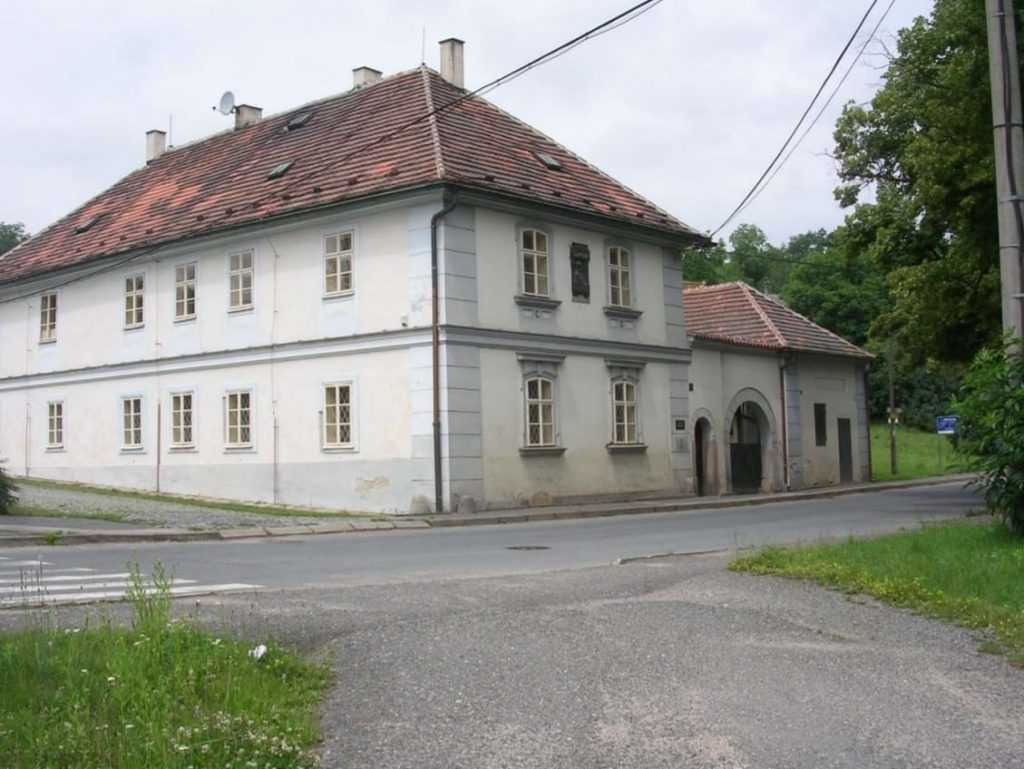 Rodný dům Antonína Dvořáka v Nelahozevsi (Foto: archiv Tomáše Bezoušky)
